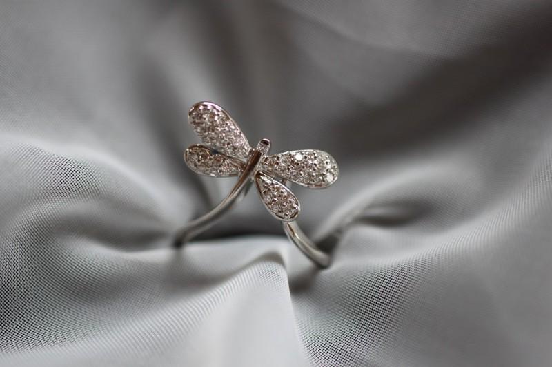 ダイヤモンドも人も磨き磨かれて光る!